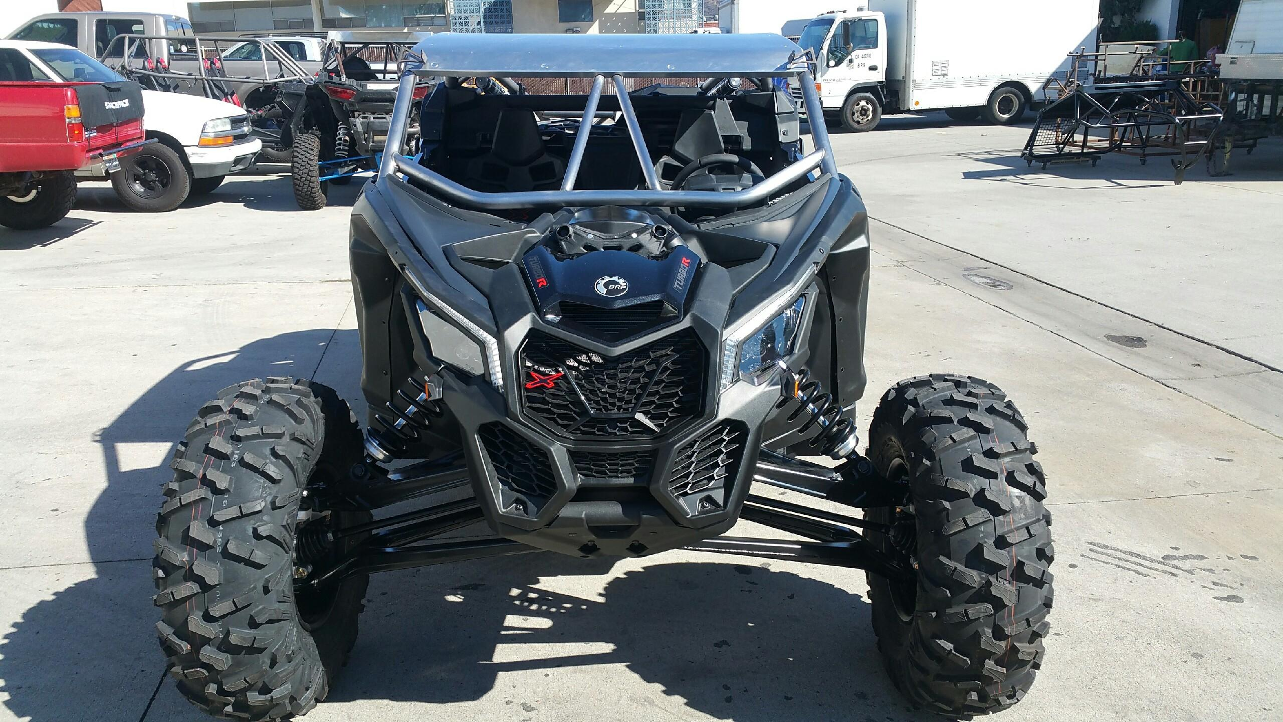 Fabwerx can am maverick x3 aggressor roll cage w integrated rear bumper