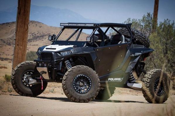 & Madigan Motorsports RZR XP1000/XP Turbo 2-Seat Bolt On Door Kit
