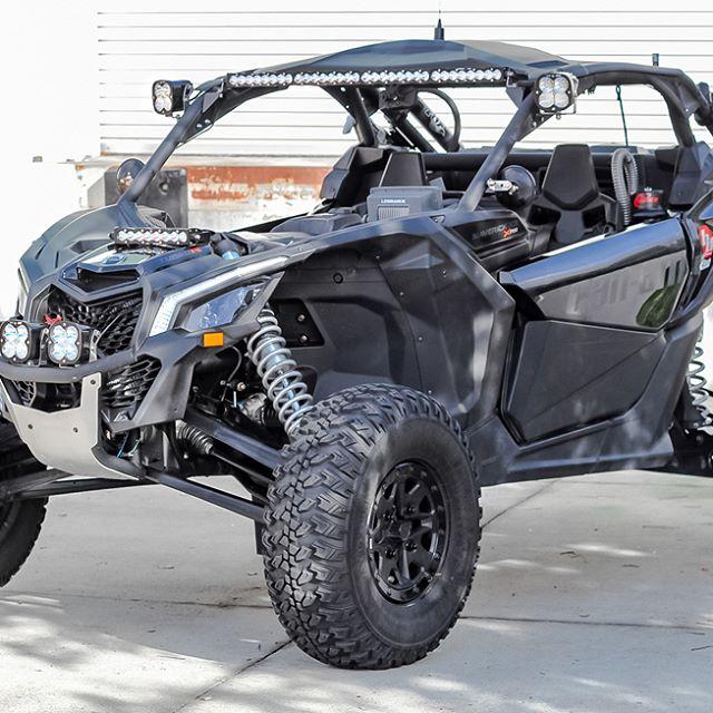 Baja Designs Can Am Maverick X3 S8 Shock Mount Led Light Kit
