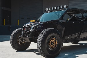 Baja Designs XL Linkable Can-Am Maverick X3 Roof Bar LED Light Kit